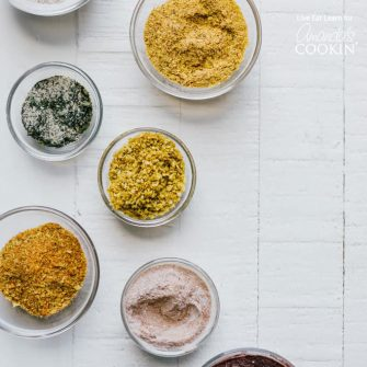 ¡Cómo hacer tus propios condimentos para palomitas de maíz!