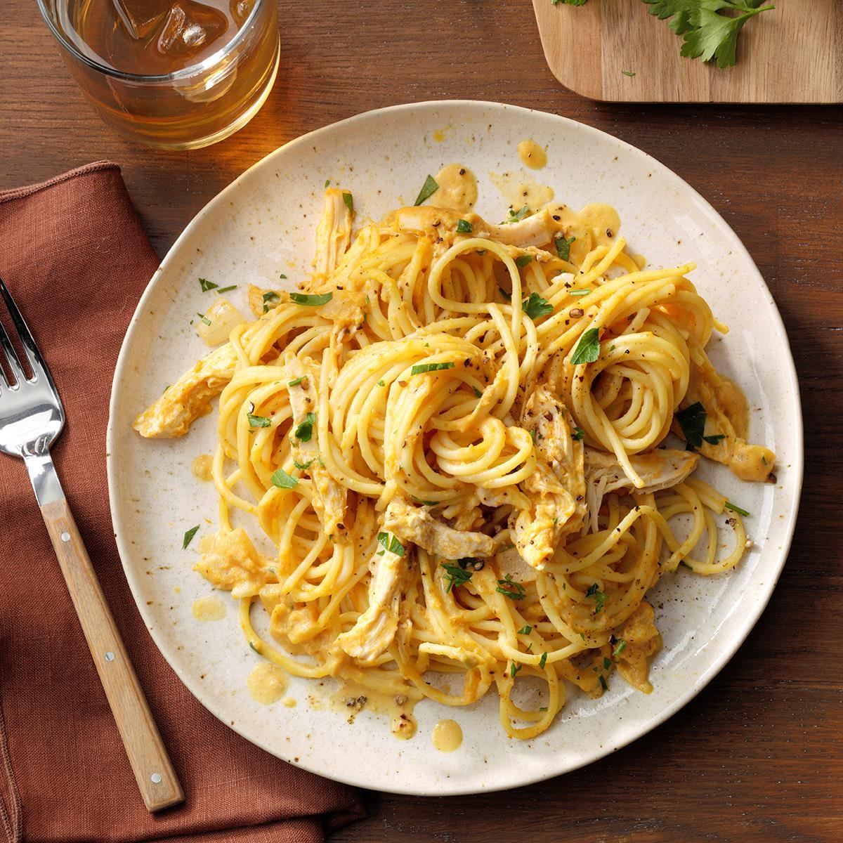 Espagueti Cremoso de Calabaza con Receta de Pollo