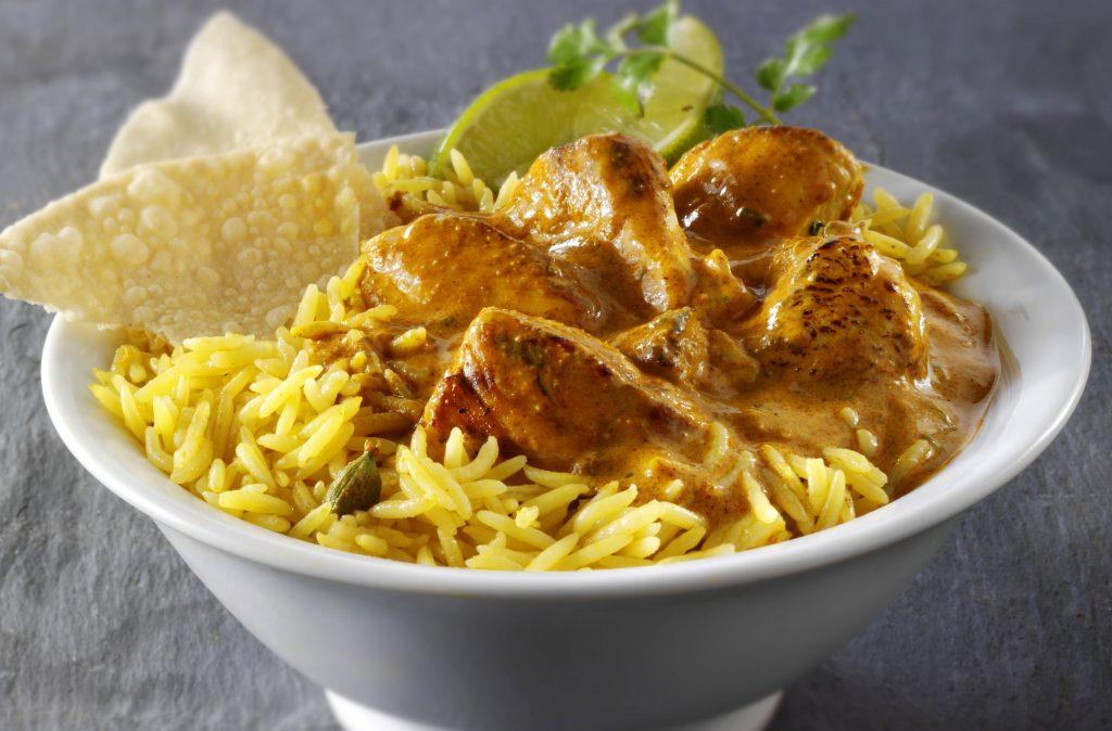 Pollo bhuna No se puede superar una receta clásica de pollo bhuna y esta es exactamente eso. Mucho sabor, un toque de especias y tiernos trozos de pollo, ¡mmm!