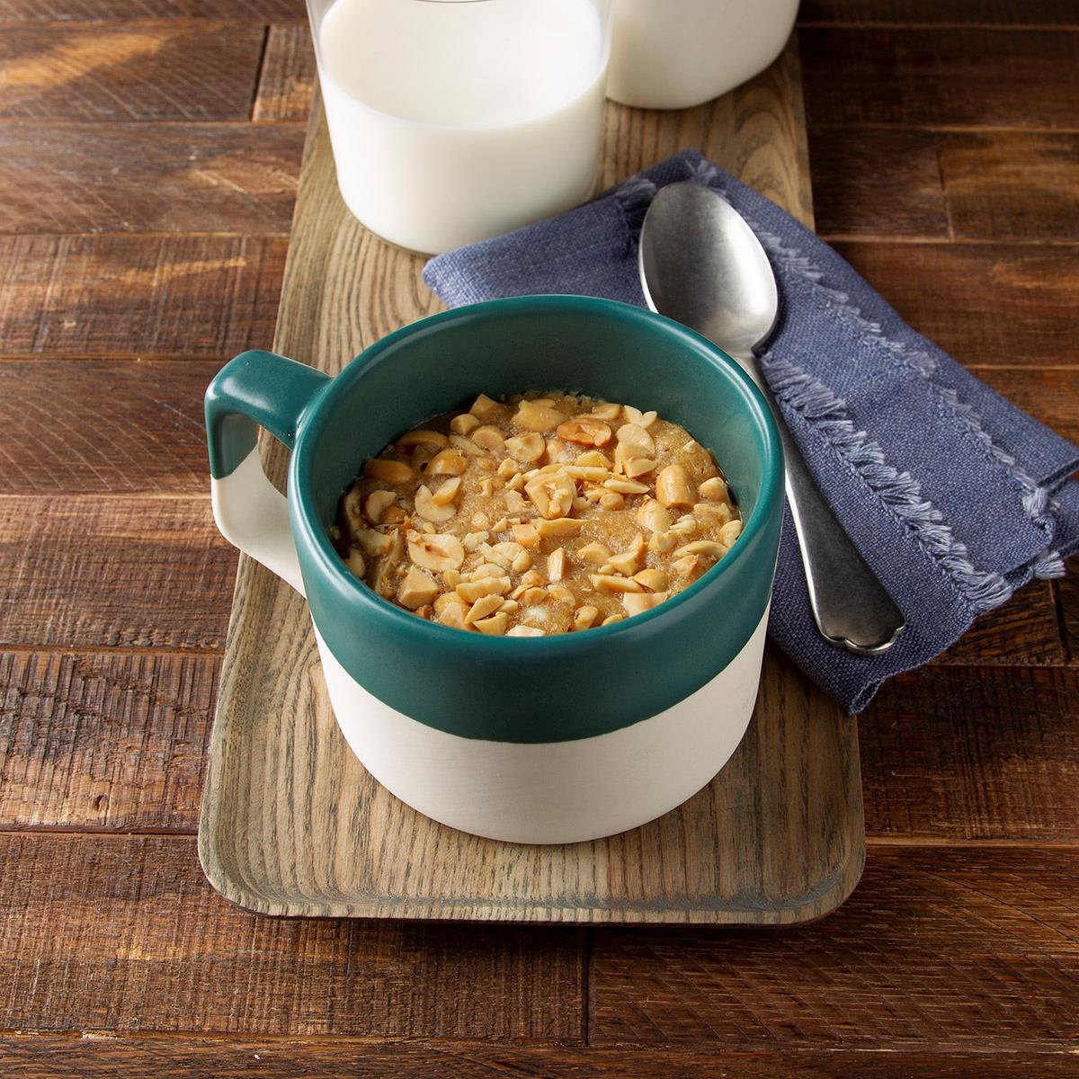 Receta de galleta de mantequilla de maní en una taza