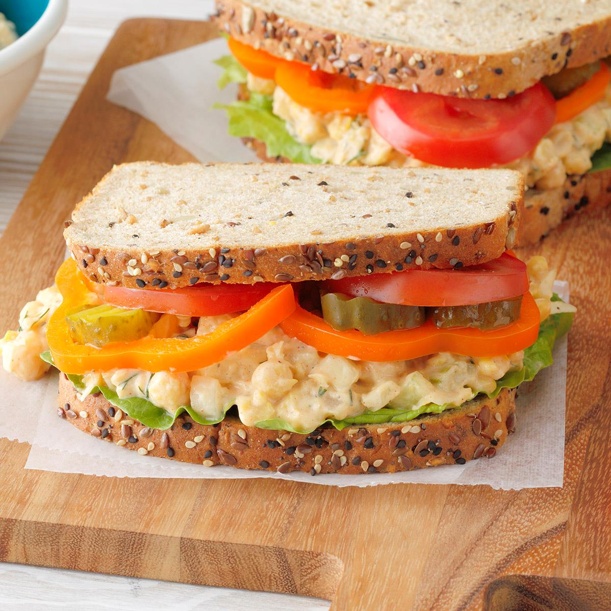Receta de sándwiches de ensalada de garbanzos Dilly