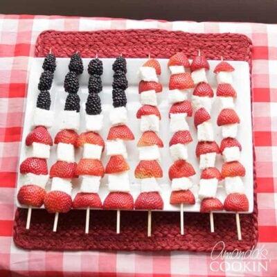 Deliciosas mini tartas de tarta que son perfectas para una fiesta