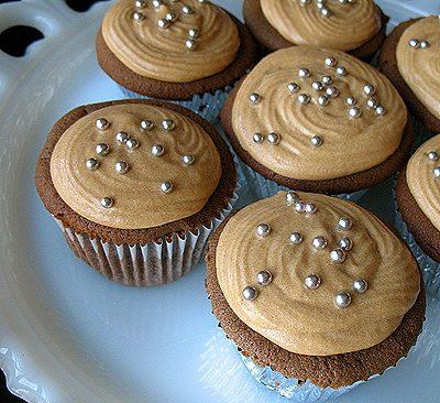 Cupcakes de Chocolate Mexicano con Glaseado de Dulce De Leche